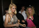 Paris Hilton at club La villa in Hollywood Foto 1152 (Пэрис Хилтон в клубе La Villa в Голливуде Фото 1152)