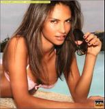 Camila Morais Brazilian born babe that works in Italy as a TV presenter..... Foto 6 (Камила Мораис Бразильские новорожденный младенец, который работает в Италии как телеведущий ..... Фото 6)
