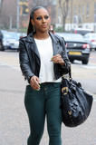 Александра Бурке, фото 22. Alexandra Burke Shopping in London 13th March 2012, foto 22