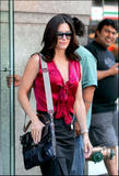 th_25276_Courteney_Cox_Candids_NY_050406_5.jpg