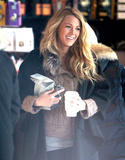 Блейк Лайвли, фото 4837. Blake Lively On the set of 'Gossip Girl' in Manhattan - March 5, 2012, foto 4837