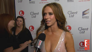 th_933492474_Jennifer_Love_Hewitt_CL_Pr_