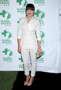 http://img133.imagevenue.com/loc488/th_468885234_Sophia_Bush_Global_Green_USA_s_Pre_Oscar_Party2_122_488lo.jpg