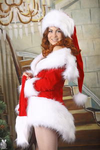 http://img133.imagevenue.com/loc544/th_253164126_silver_angels_Sandrinya_I_Christmas_1_103_123_544lo.jpg