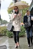 Nicky Hilton - Страница 2 Th_10949_celebrity-paradise.com-The_Elder-Nicky_Hilton_2010-01-22_-_shopping_in_Beverly_Hills_929_122_822lo
